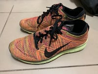 Nike Free Run Flyknits - Size 7 Richmond Hill, L3T 0B6