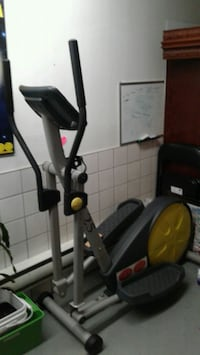 black and red elliptical trainer Laval, H7K