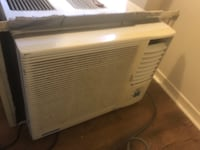 white window-type air conditioner London, N5V 5G2