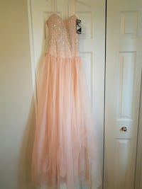 brand new Prom dress/long gown w/ tags