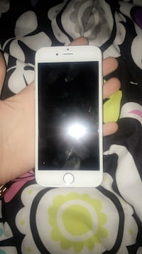gold iPhone 6 with black case New York, 10460