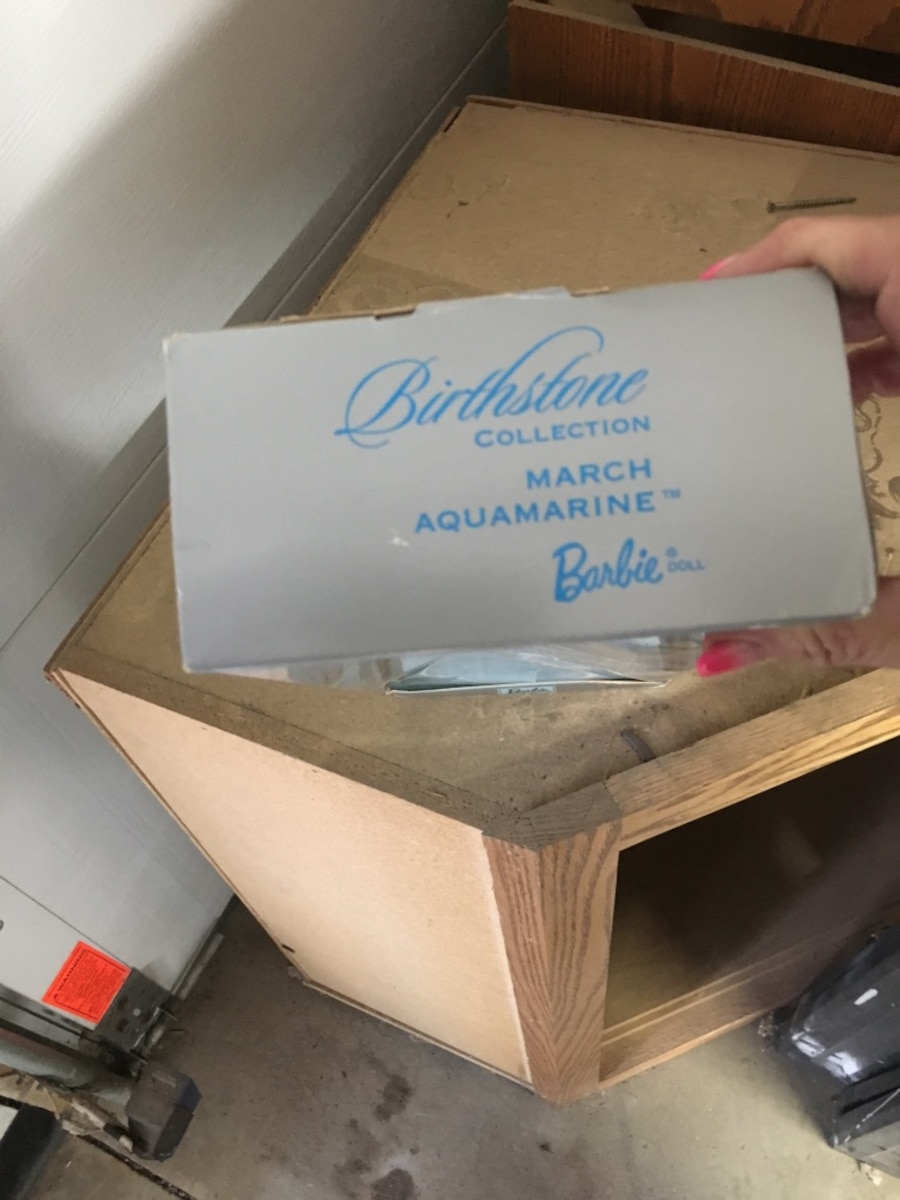 Blonde haired Barbie doll in box - Frankfort