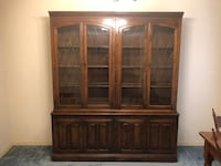 Ethan Allen China cabinet Conroe, 77304
