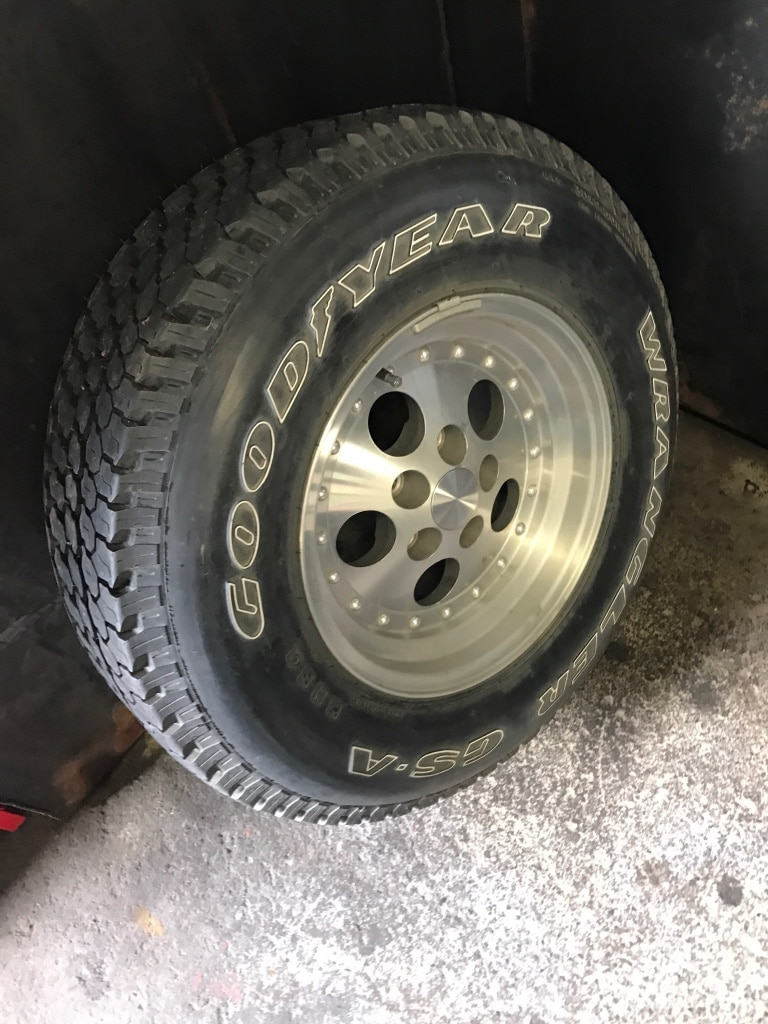 1 Goodyear Wrangler T/a 30x11.50r15 And Stock Jeep Wheel Lug Pattern Is