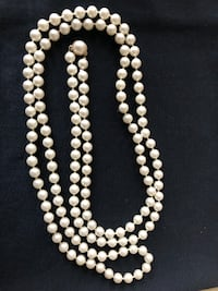 Vintage costume pearl necklace Gaithersburg
