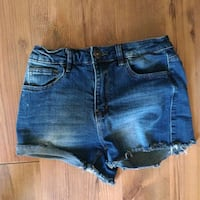 Womens jean shorts size:5 St. Catharines, L2S 3C7