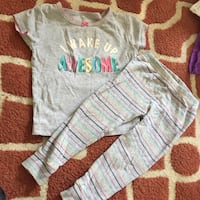18 m carter baby girl pj set excellent condition