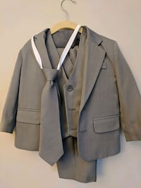 5 Piece Gray Suit, size 3T Silver Spring, 20906