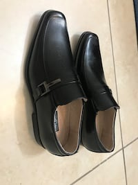 pair of black leather dress shoes Miami, 33144