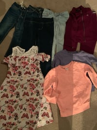 Toddler's assorted clothes- slightly used Toronto, M3N 1E7