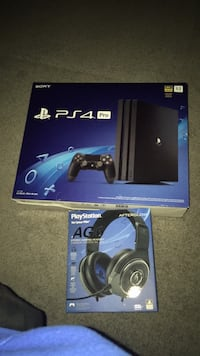Sony PS4 Pro console with controller and box Oliver Paipoonge, P7K 0M9