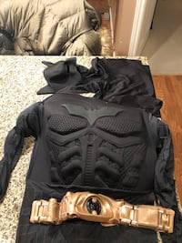 Child medium 8 to 10 batman costume used once Langley, V3A 1G2