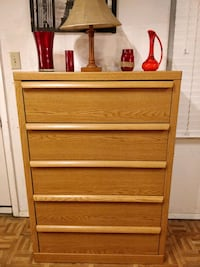 Nice big chest dresser with big drawers in very go Annandale, 22003