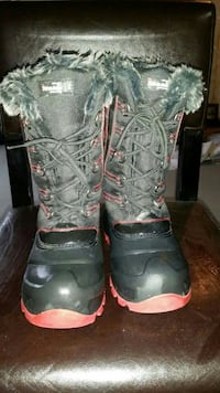 Size 2 winter boots  Calgary