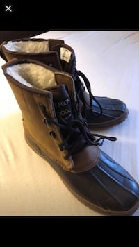 Women winter boots size7  Annandale, 22003