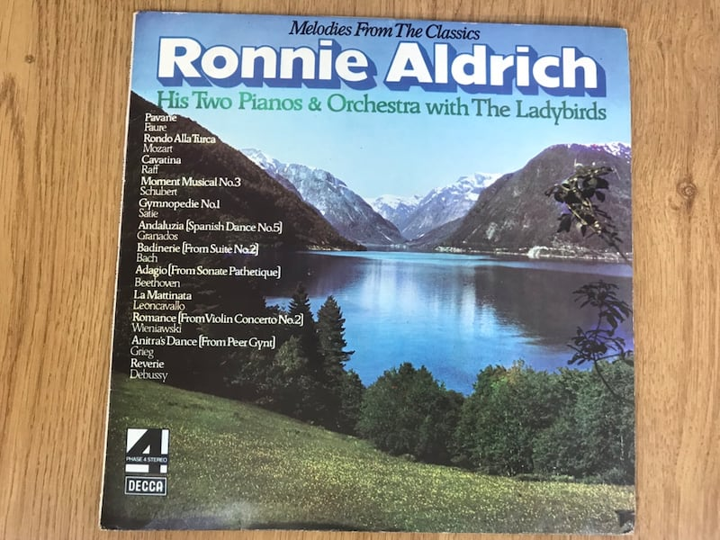 ronnie aldrich melodies from the classic lp plak 48cac798-0cf1-4be6-8767-acf55b67e4f9