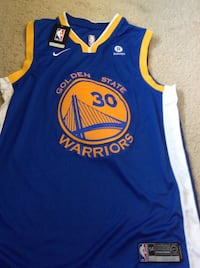 blue and yellow Golden State Warriors Stephen Curry jersey Los Angeles, 90094
