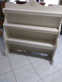 White shelf good condition West Palm Beach, 33415