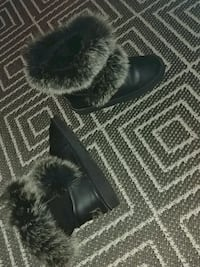 Womens winter boots  536 km