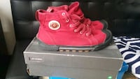 Mens red sneakers size 12 New York, 10026