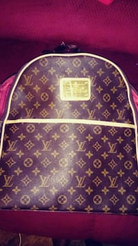 Louisvuitton backpack large.clean.cowhide leather Tulsa, 74145