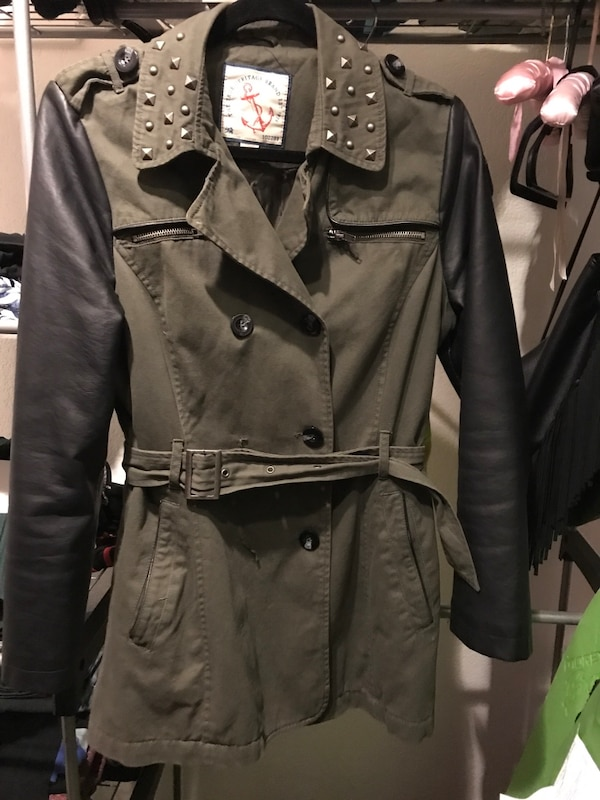women's brown and black jacket