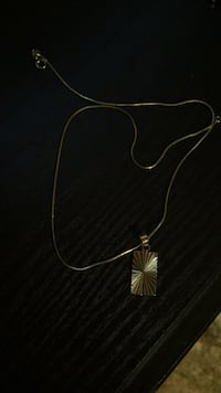 silver-colored pendant necklace Barrie, L4N 1E3