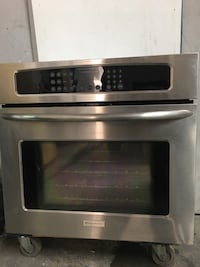 Frigidaire Built in Oven