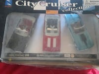 Diecast cars case is busted  Bristol, 24201