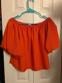 Red/Orange crop top Alexandria, 22304