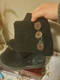 Knitted UGG boots London, N6G 2C8
