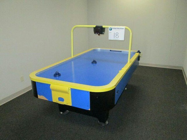Used Classic Sport Air Hockey Table For Sale In Fallon Letgo - Classic air hockey table