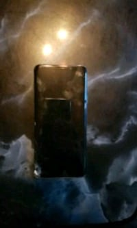 black and gray android smartphone 3494 km