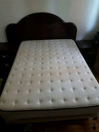 white and gray polka dot bed mattress Montréal, H1T 3H8