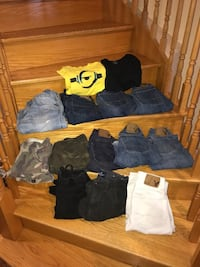 American Eagle Jeans and shirts.  Great condition Aurora, L4G 6M6