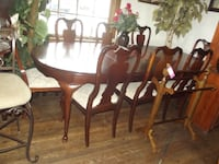 cherry table and chairs by Stanley  Front Royal