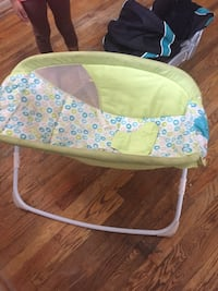 baby's white and green bouncer Orlando, 32818