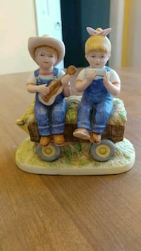 girl and boy playing harmonica and guitar ceramic figurine Logansport, 46947