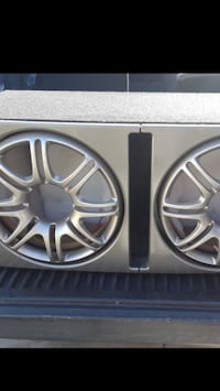 Subwoofer box for 2 12s new Cudahy, 90201