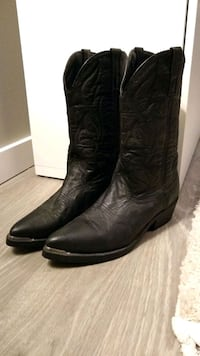Boots leather size 11 men