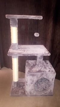 Cat/kitten tree with scratch post  Surrey, V3W 1N4