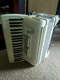 Antique Crucianelli Accordian  30 km