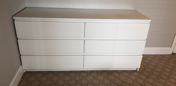 online store f9c54 27577 IKEA Malm 6 drawer white dresser with glass top
