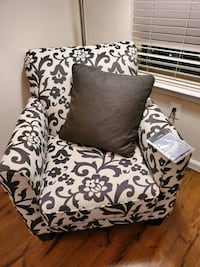 Grey matching couch and chair Baltimore, 21230