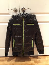Black and yellow with fur line zip-up jacket Gucci Original size medium small Vaughan, L4H 2G3