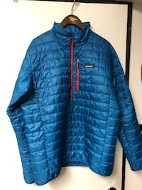 Patagonia men's half zip shell sz L