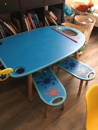 Kids art table and stools Mississauga, L5E 2S3