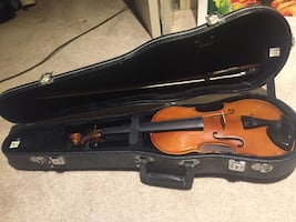 Student violin with hard shell case