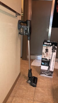 black and gray upright vacuum cleaner Katy, 77494