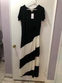 Large maxi dress (small stain) Toronto, M9R 3S8
